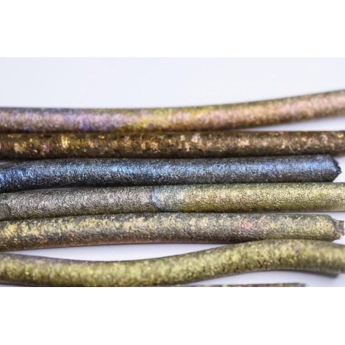 Titanium (anodized) 99,9%